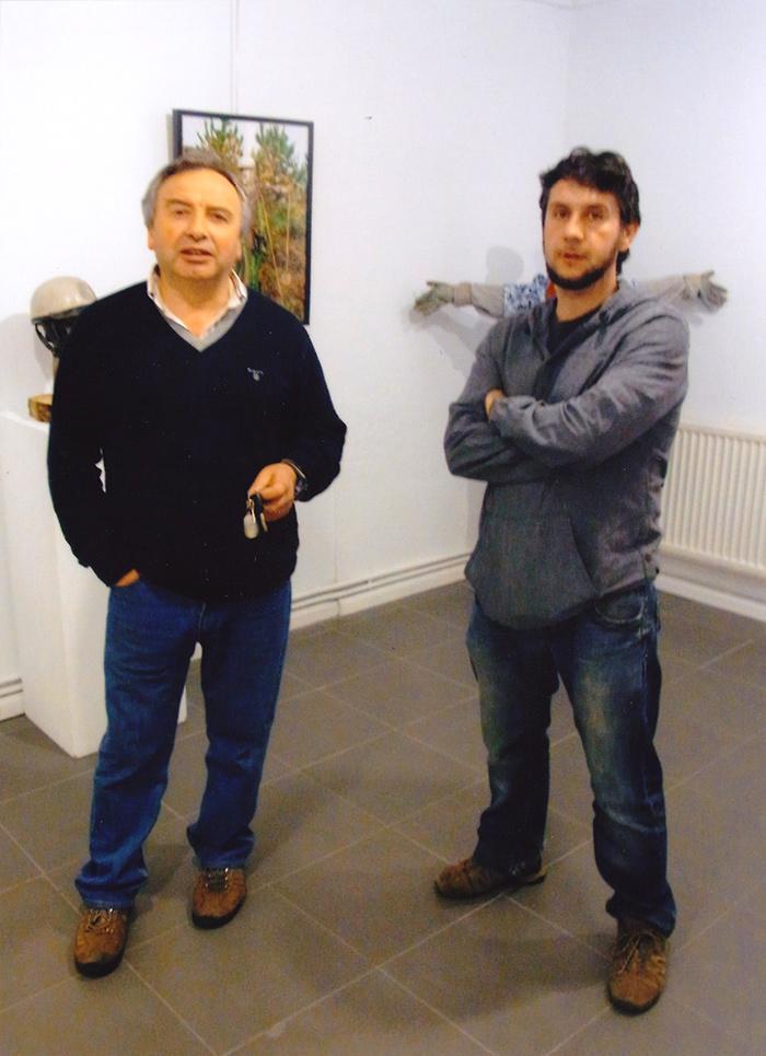 Hixinio Flores á exquerda, fotógrafo. Pedro Castañal á dereita, comisario.